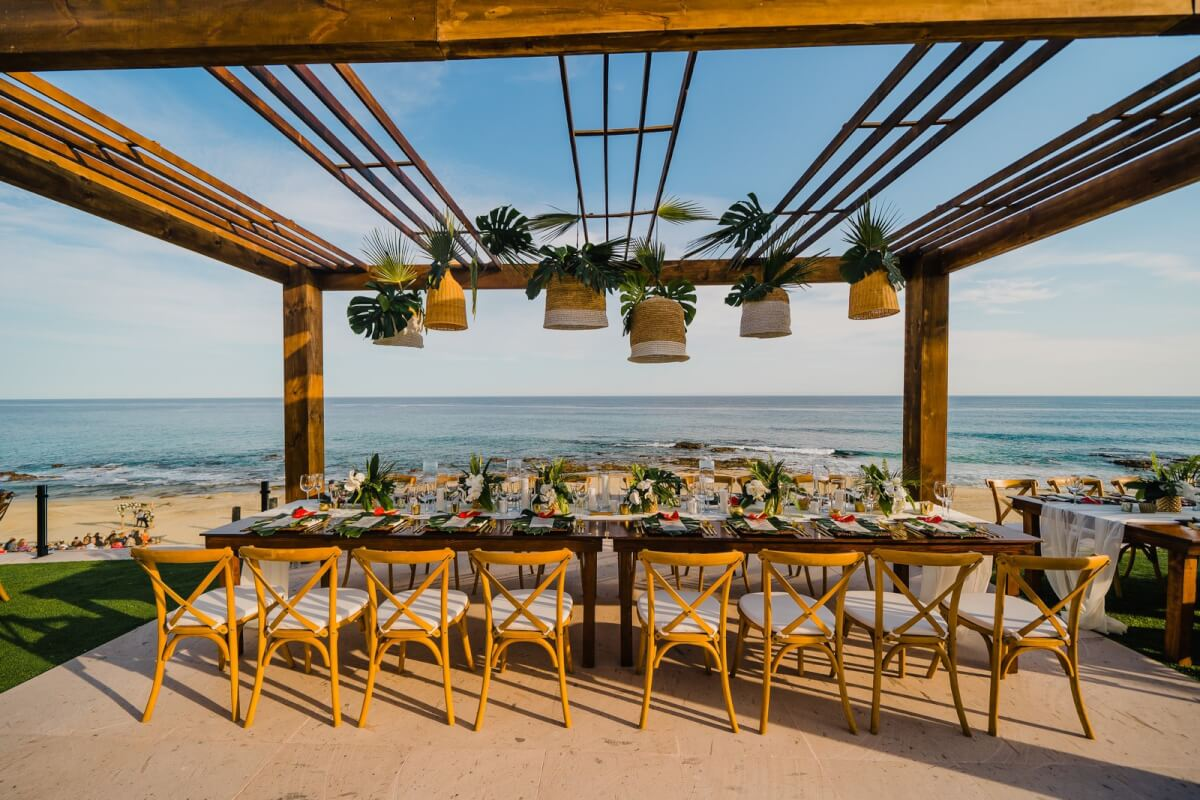 Cabo Linens, Things & More is the premier design and décor production company in Los Cabos